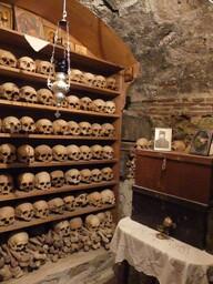 Monastère Grand Météore ossuaire