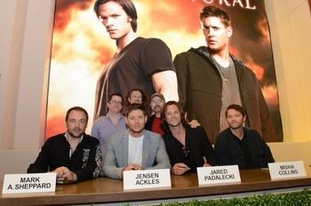 supernatural-signing_meh_0889-rl_