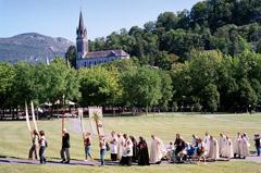 Lourdes : Les portes