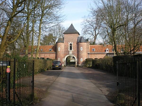 Croix_35883_chateau-de-la-fontaine.jpg