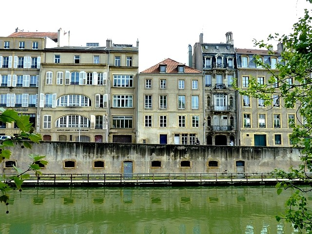 Metz quai Vautrin 9 Marc de Metz 2012
