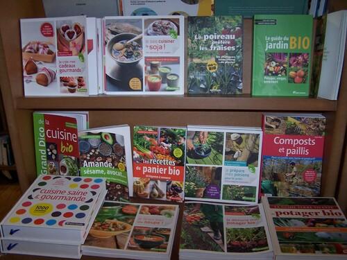 Le guide Terre Vivante de la cuisine saine et gourmande