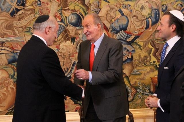 Juan Carlos et les représentants