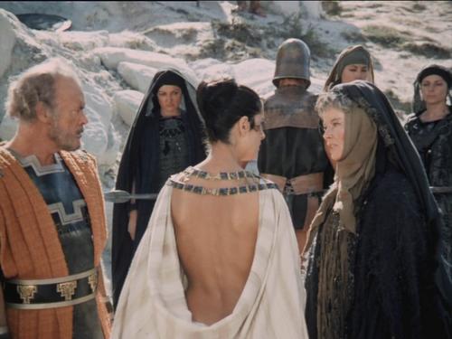 Les Troyennes de Michalis Cacoyannis (1971) * The Trojan Women