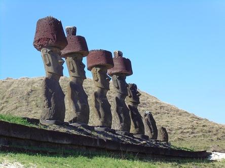 moai de la plage d'Anakena