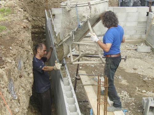montée des rang 5 ,6 7....et coulage du beton..(15 et 16 avril )
