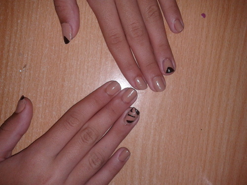 Nail Art écaillé & triangle ♦