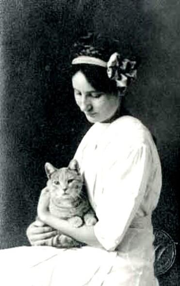 06 - Des femmes et des chats, suite