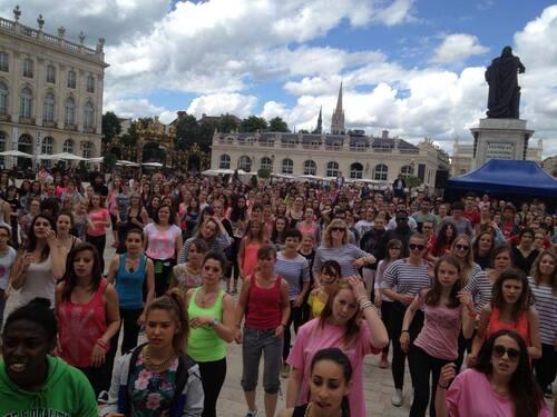 Mais que font-ils donc sur la Place Stanislas à Nancy ?