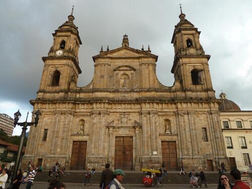 Les églises et cathédrales du pays
