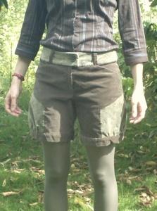 Short bicolore kaki
