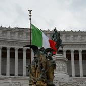 """Crise entre l'Italie et l'UE: """"L'Italie fera défaut et sortira de l'euro"""""""
