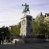 Statue equestre Guillaume II devant l'Hotel de Ville