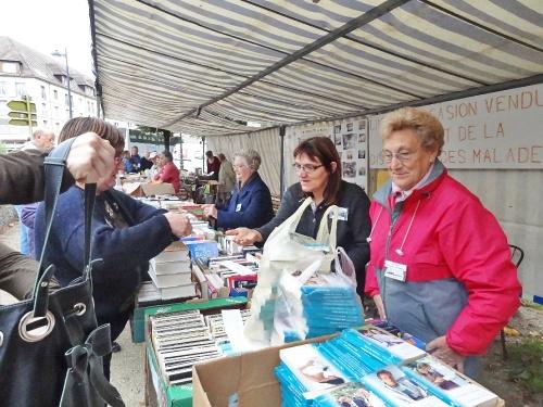 Foire aux livres et aux vieux papiers à Châtillon sur Seine...