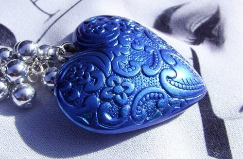Sautoir coeur bleu électrique