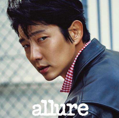 Lee Jun Ki pour Allure