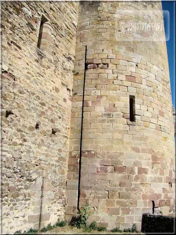 Alsace Haut-Koenigsbourg donjon Forteresse Royale de Najac Aveyron Petit Lexique