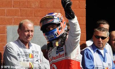 Course : Button remporte un Grand Prix de Belgique survolté