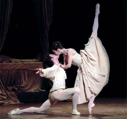 Sylvie Guillem (Manon) et Laurent Hilaire (Des Grieux)
