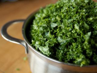 Chou kale haché avant cuisson