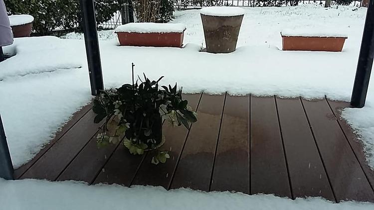 les joies de la neige parisienne...