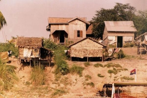 Cambodge en 1993 - 8/10