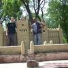 la plus grande mosquée du Mali....JPG