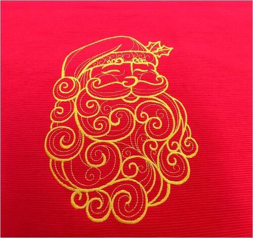 Chemin de table brodé pour Noël