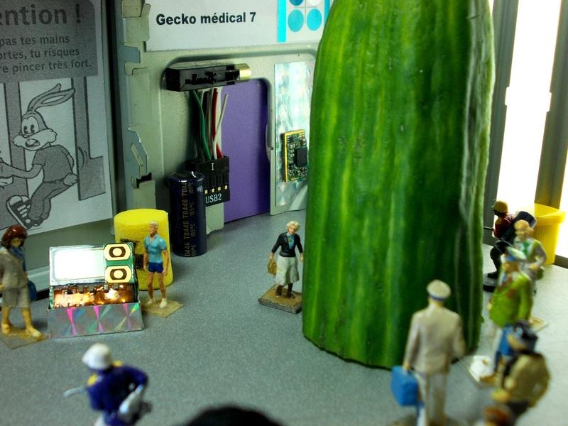 Aujourd'hui : l'empereur Catudila réclame du blé, un agent secret nul, de l'alccol, un concombre OGM, des clous et 37° C à Paris.