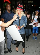 RIHANNA QUITTANT SON HOTEL A NEW YORK !