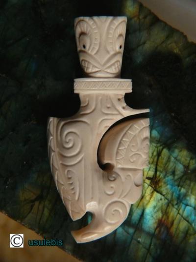 Blog de usulebis :Usulebis ,Artisan créateur de bijoux polynésiens , contact : usulebis@hotmail.fr, Pendentif Hameçon 13