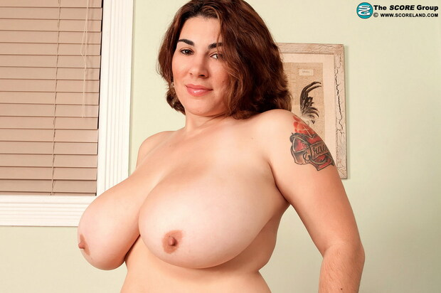Solo Boobs - 92 - Elaina Gregory