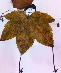 Bonhomme feuille d'automne