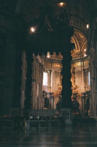 basilique st pierre,place st pierre