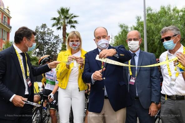 Départ du tour de France à Nice avec Albert et Charlène