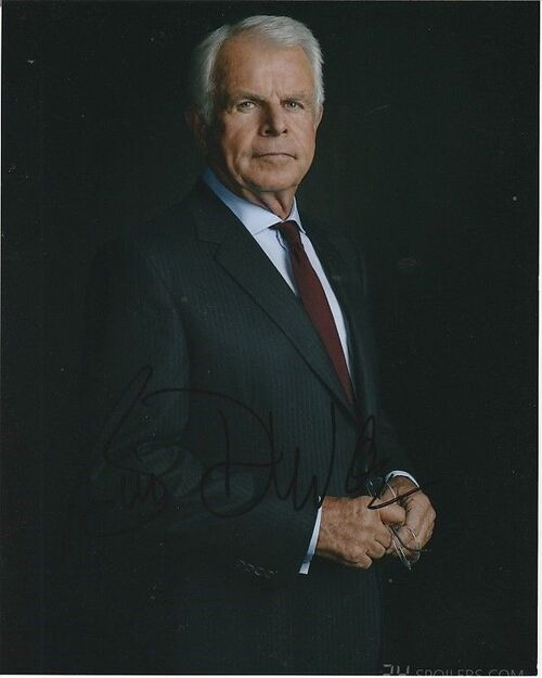 William Devane .