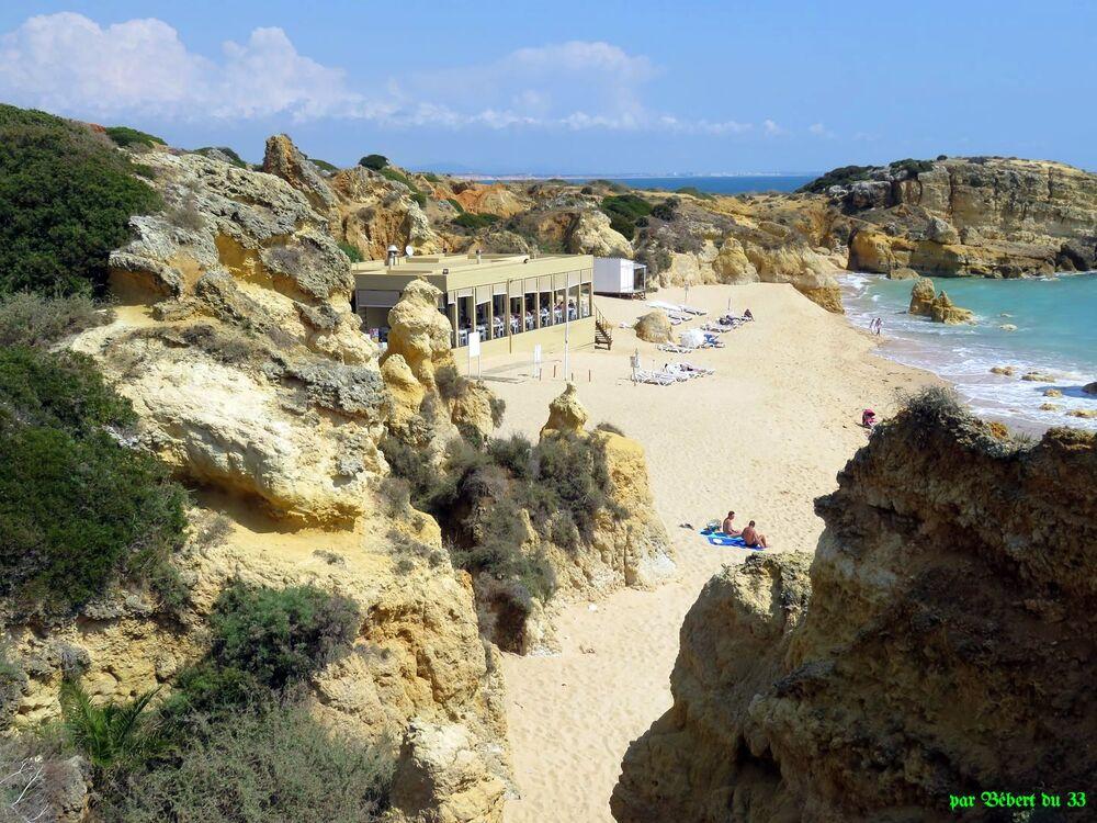 Praia dos Arrifes au Portugal