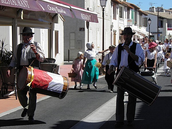 Groupe folklorique le Marquis de Baroncelli