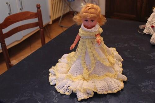 Audrey,ma nouvelle amie et sa robe de bal de débutante