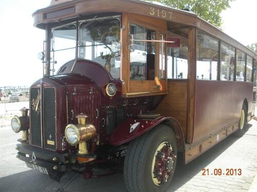 Ancien Autobus