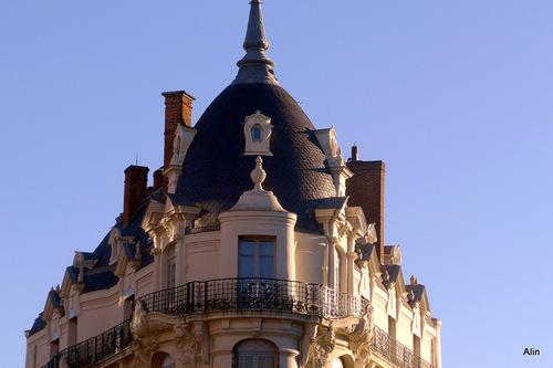 Toulouse : angle d'un immeuble
