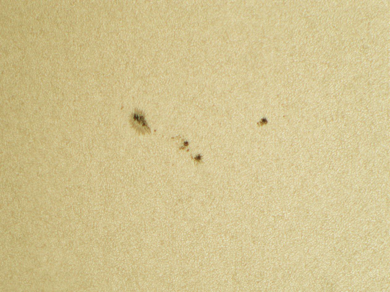 AR2816 sun spot