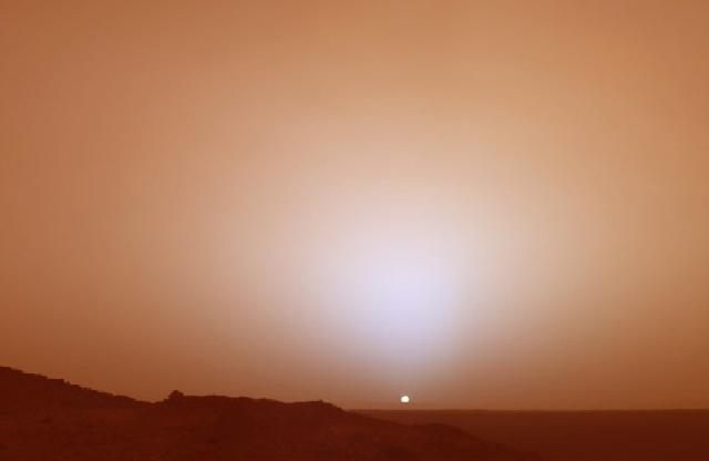 Levé de soleil sur Mars