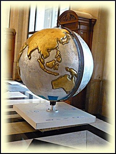 cool-globes-32-1.JPG