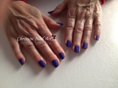 Semi-permanent mat bleu