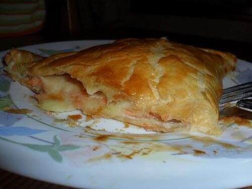 *** Chausson au saumon fumé et mozzarella ***