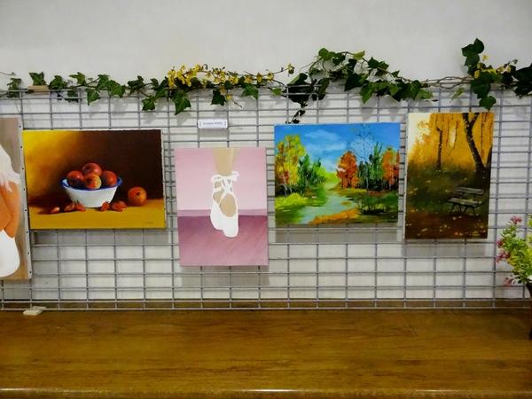 L'exposition des peintres de la MJC de Sainte Colombe sur Seine