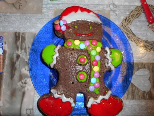 Gingerman Cake
