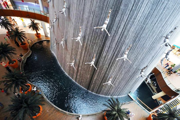 15. Dubai Mall Fountain, Dubai, UAE.