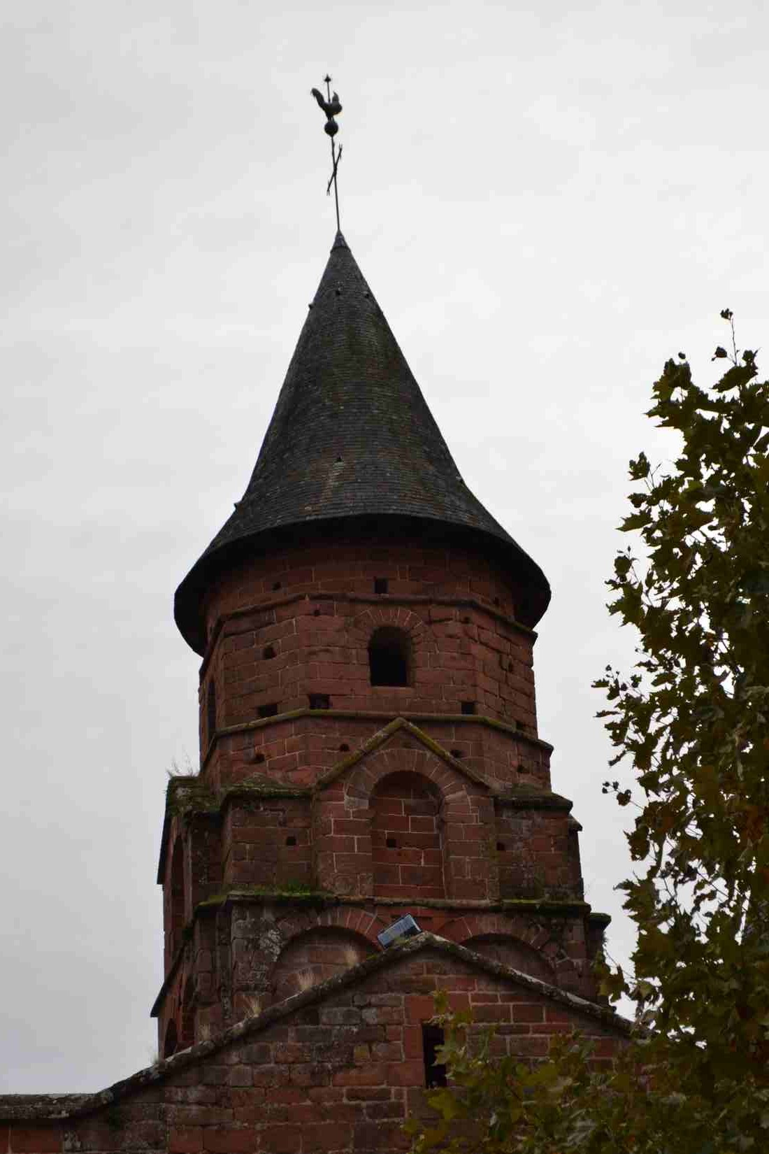 COLLONGES-LA-ROUGE (suite)